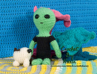 https://www.etsy.com/listing/207319007/alien-crochet-amigurumi-pattern?ref=shop_home_active_3
