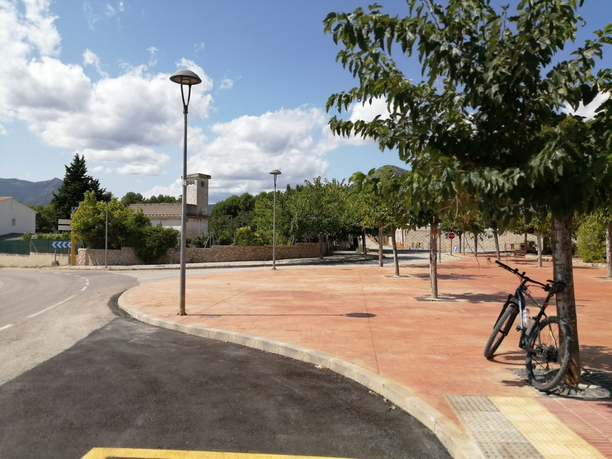 The Serpis Greenway as it leaves Gaianes, Alicante