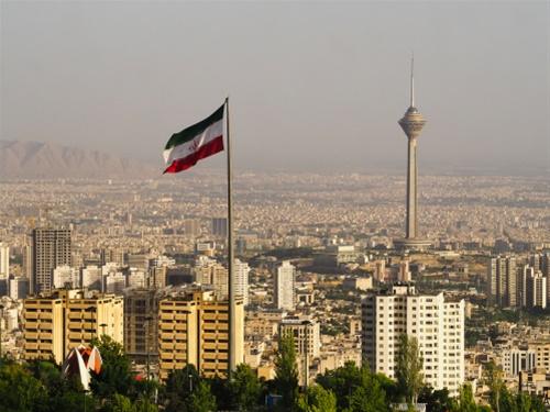 Ιράν: «Το μεγαλύτερο στρατηγικό λάθος των ΗΠΑ στη Μέση Ανατολή»