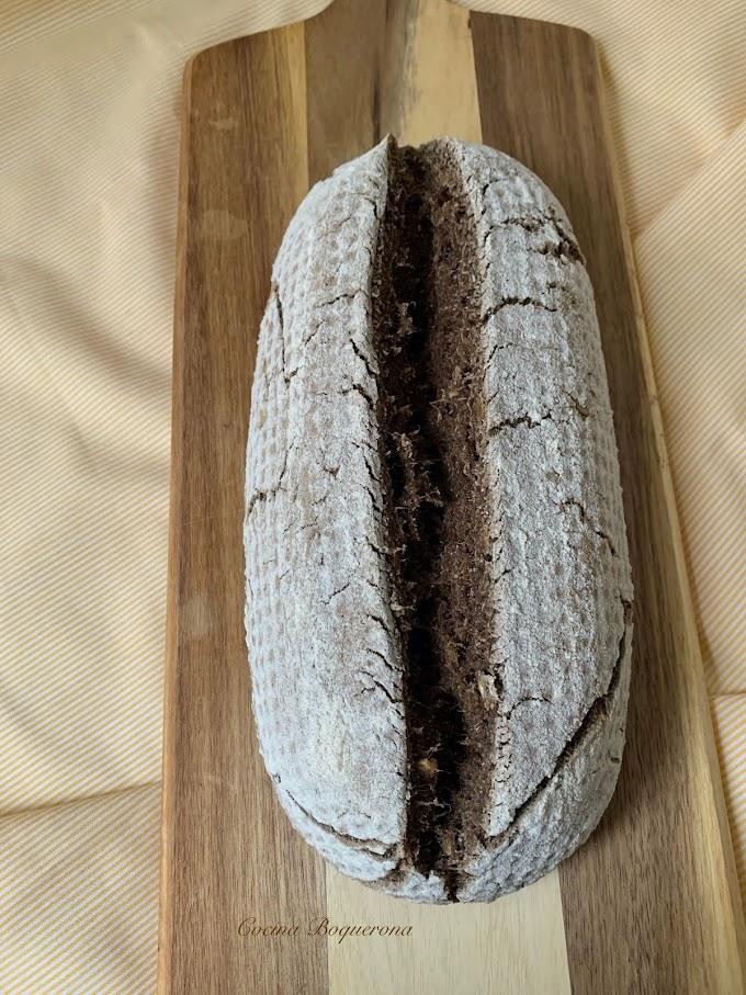 Pan multiharinas sin gluten y sin lácteos (con pie de masa madre)