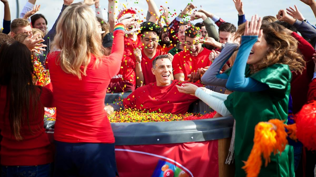Skittles Celebrates It's First Ever Super Bowl Ad in 2015 by Tailgating With Kurt Warner In Arizona