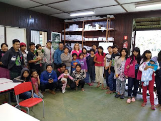 Fundo Social de Solidariedade de Sete Barras doa roupas e calçados a Comunidade Guarani.