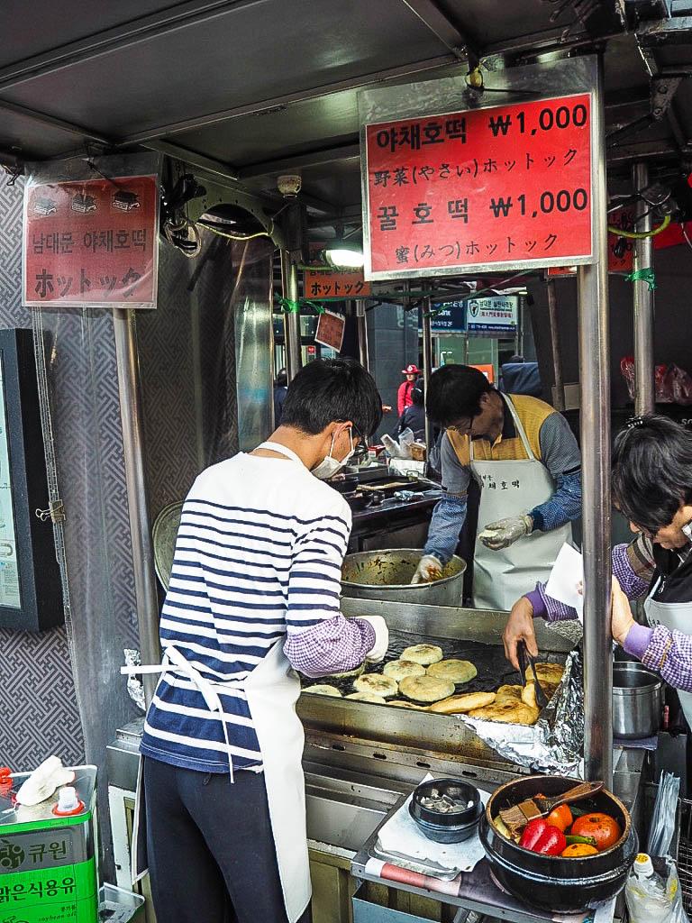Hotteok stand, Seoul