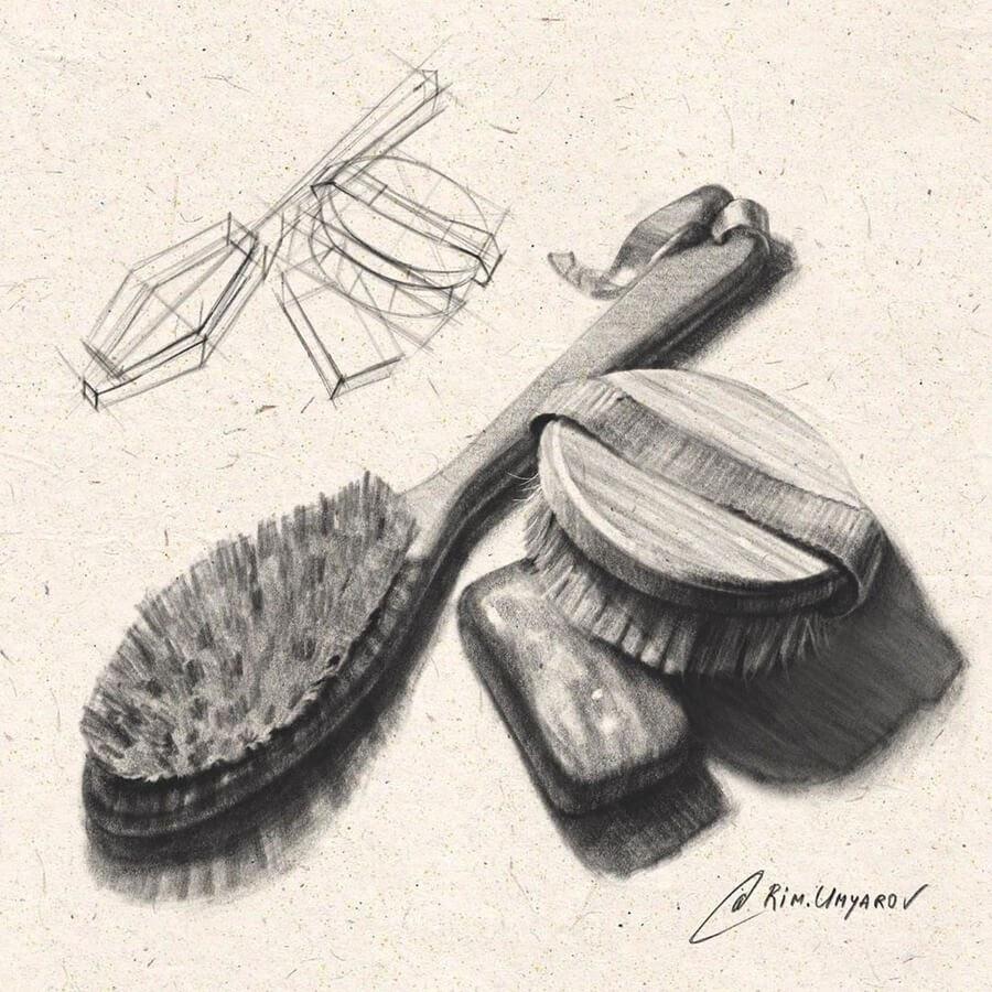 08-Vintage-hair-brushes-Rim-Umyarov-www-designstack-co