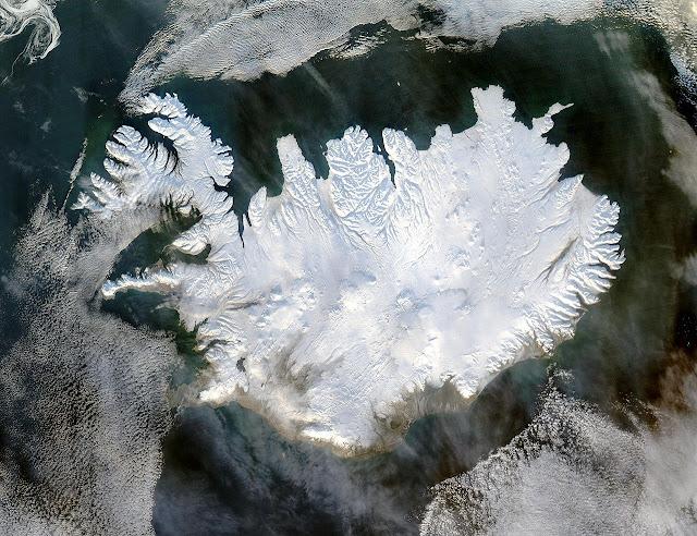 איסלנד בחורף, מכוסה כמעט כולה בשלג. מקור: נאסא