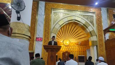 Shalat Idul Fitri di Masjid Agung Ummul Qura, Bupati Wajo Himbau Masyarakat Perhatikan Protokol Kesehatan
