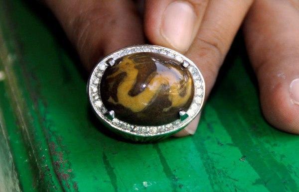 Batu Akik Gambar Naga Ini Dijual Rp 20 Miliar
