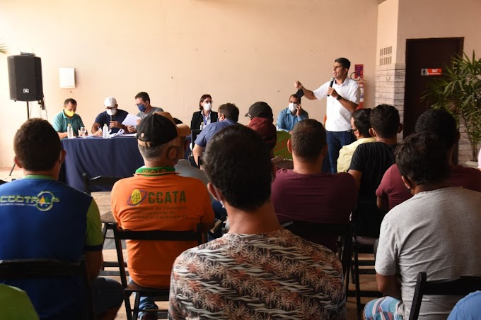 Erick Lessa se reúne com toyoteiros e EPTI em Santa Cruz do Capibaribe