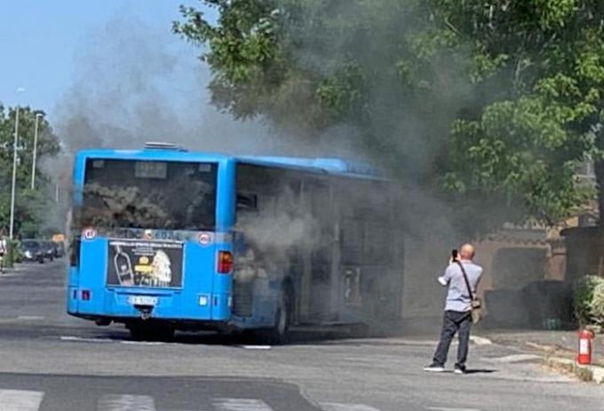 Si riaccendono i bus Atac