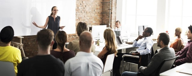 reasons businesses should work with training companies train employees coach managers