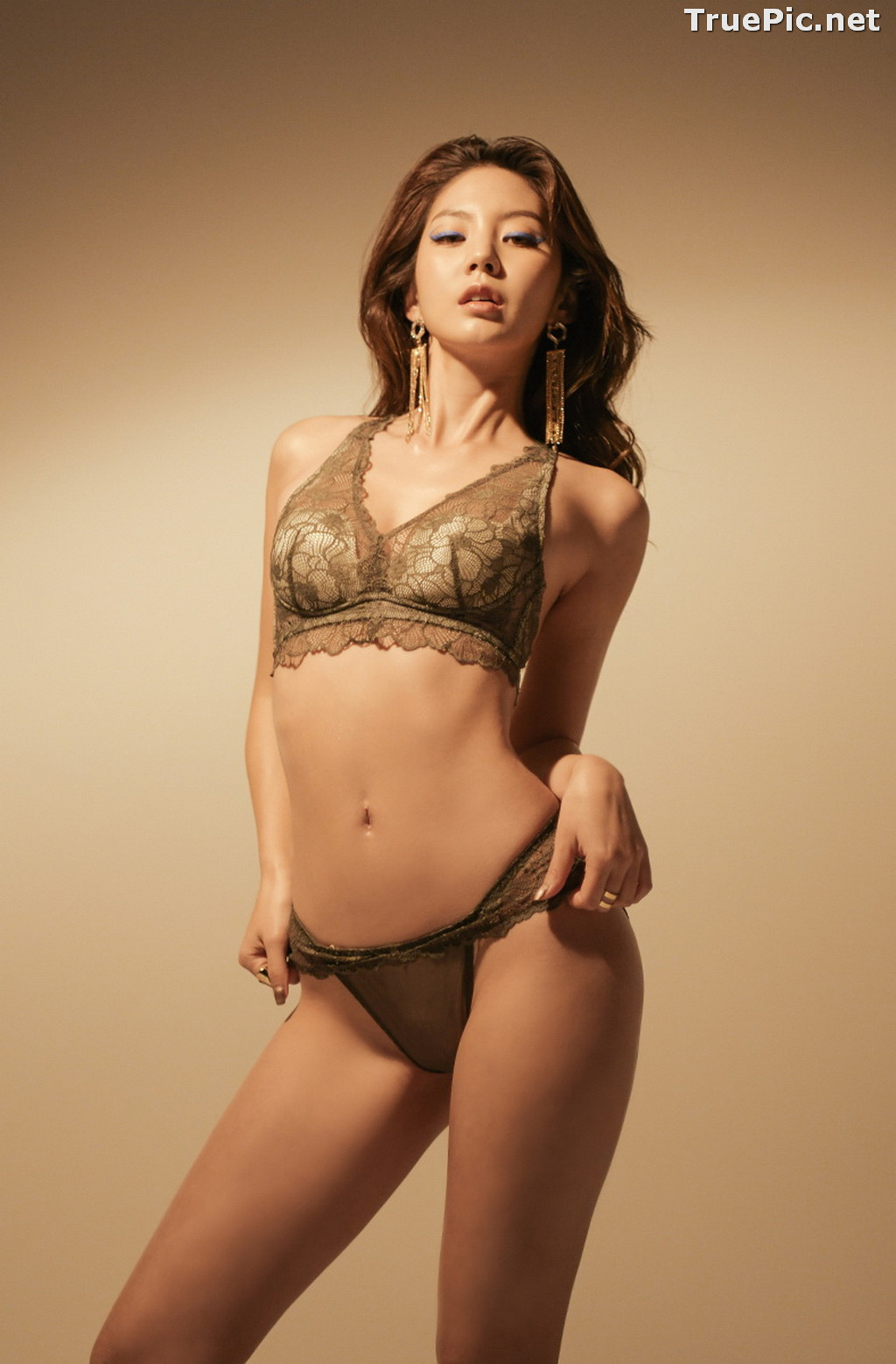 Image Korean Fashion Model - Lee Chae Eun - Soft Brown Lingerie - TruePic.net - Picture-8