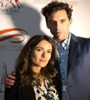 الفنانة سلمى حايك وميكا يغني للبنان