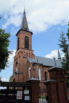 Kościół parafialny pw. św. Doroty w Zawadach