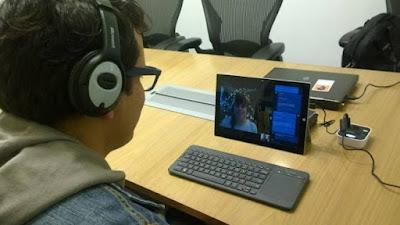 Sistema portàtil per conversar amb un ordinador sense haver de parlar-li amb veu audible