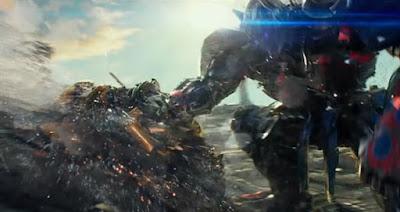Optimus contra Bumblebee en Transformers 5