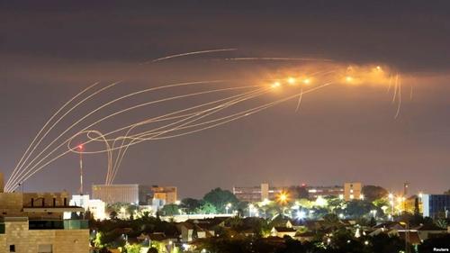 Merinding, Gempuran Maut Pemberontak Houthi Yaman Hancurkan Saudi