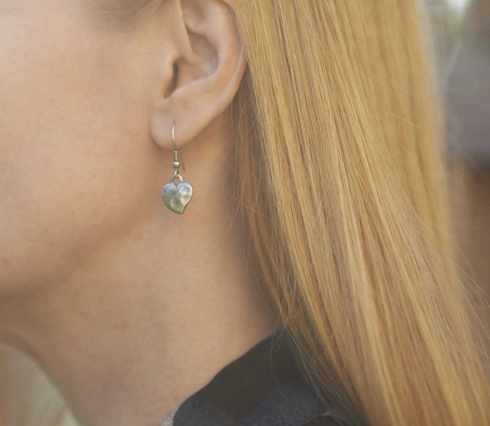 Danon jewellery silver heart drop earrings