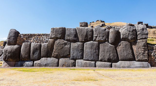 Sacsayhuamán - Demons Playground that probably killed 3,000 people