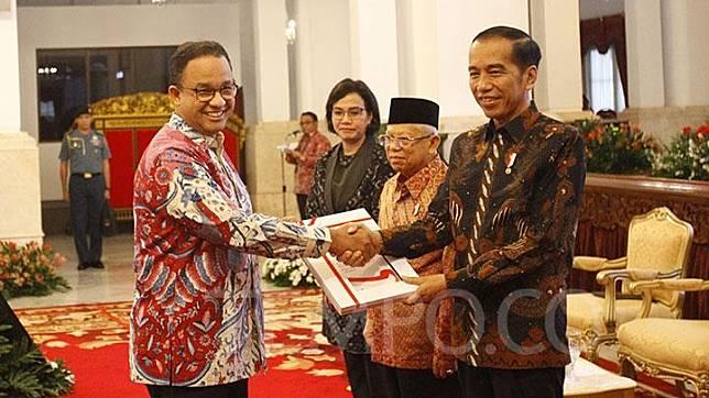 Pendukung Anies Baswedan Pertimbangkan Gugat Jokowi Soal Banjir