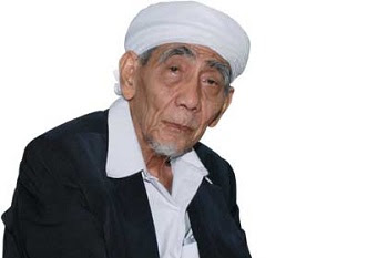Maimun Zubair Meninggal di Mekkah