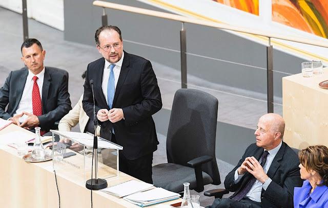 وزير خارجية النمسا يشرح أسباب رفضه لميثاق الهجرة