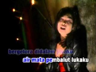Download Lagu Malaysia Yelse Penuh Kepalsuan Mp3