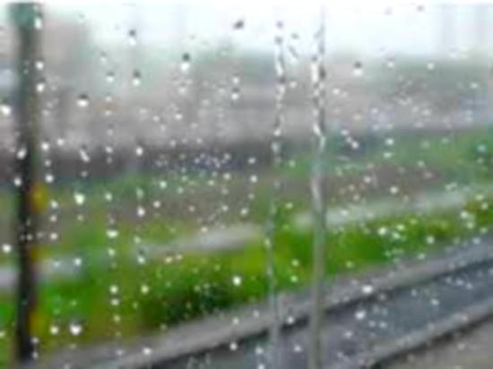 طقس الجمعة.. أجواء غائمة ونزول أمطار بهذه المناطق