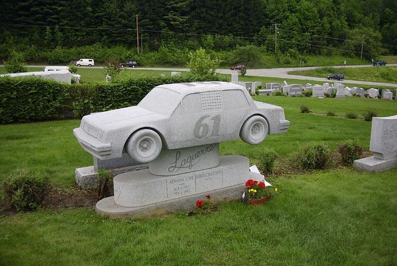 Las esculturas de granito del cementerio de la Esperanza | Estados Unidos