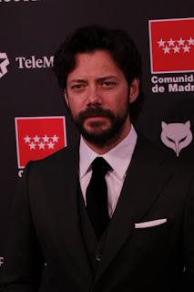 Álvaro Morte en los Premios Feroz 2020