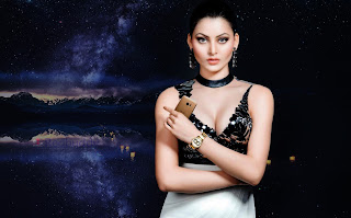 Urvashi-Rautela-Download-HD-Images-High-Quality-Wallpapers-5