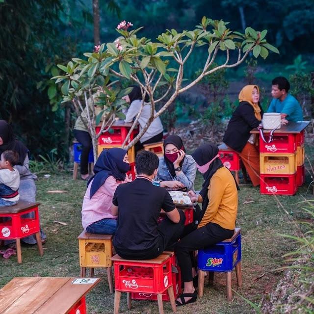 Menu dan Lokasi Warung Plosok Caringin Bogor yang Lagi Hits