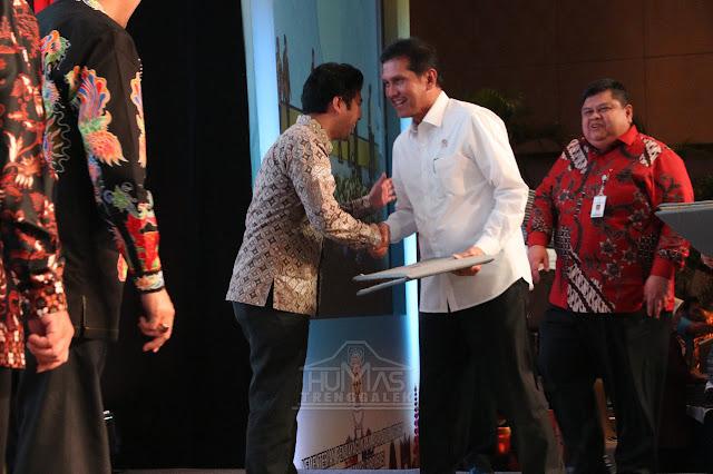 Pemerintah Kabupaten Trenggalek Raih Penghargaan SAKIP Predikat B dari KEMENPAN-RB