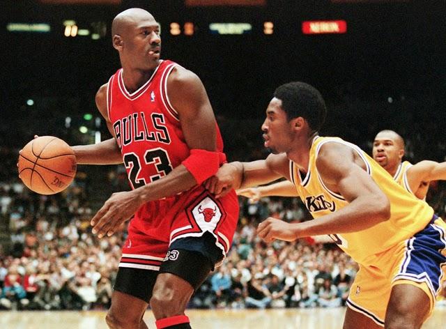 科比:18歲就想摧毀喬丹神話 首次對籃球之神就被晃倒(影)-Haters-黑特籃球NBA新聞影音圖片分享社區