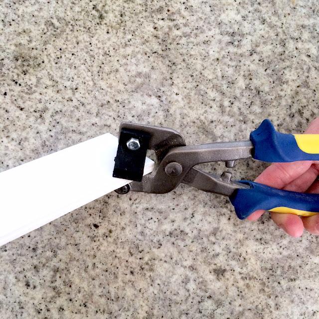 how-to-herringbone-tile-backsplash-harlow-and-thistle-3