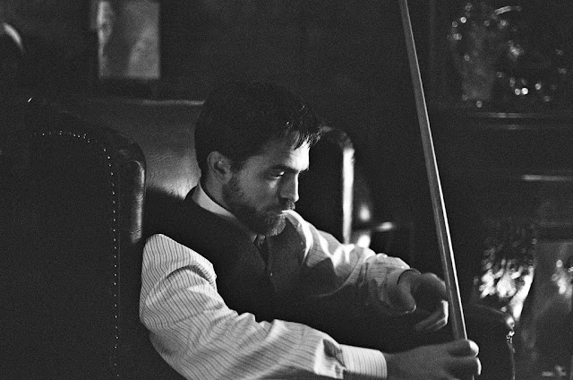 "19 Mayo - Nuevo Still de Rob en ""The Childhood of a Leader""!!! Ci03FGRWYAALKFA.jpg_large"