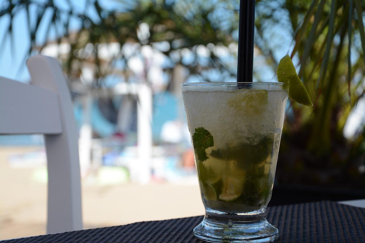 9 Ide Jualan Minuman Bulan Puasa (Laris & Menguntungkan)