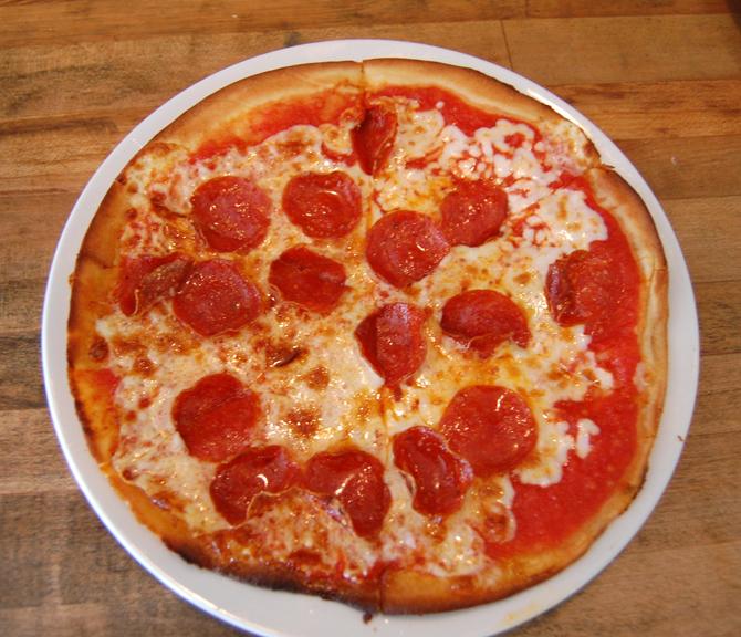 ROSTI TUSCAN KITCHEN: Pepperoni Pizza