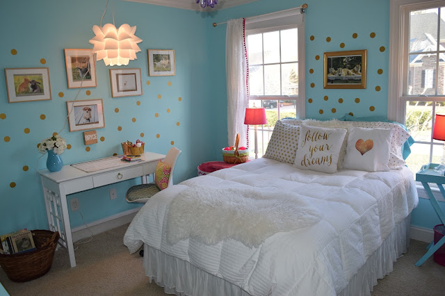 The chalkboard cottage 10 year old girl 39 s new room make over reveal - Pics of girls bedrooms working desk years and over ...