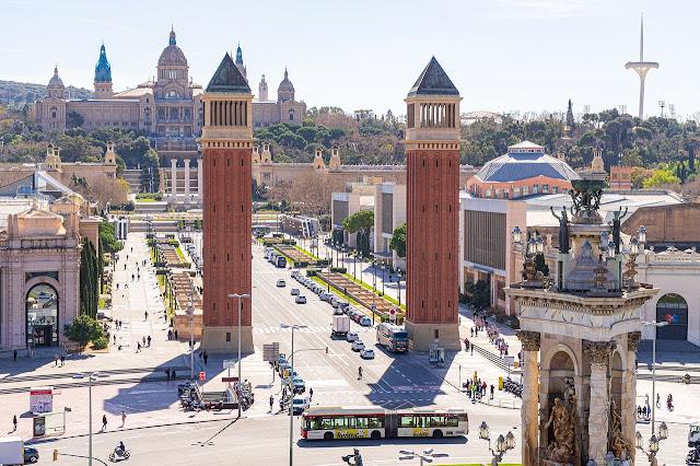 ساحة إسبانيا في برشلونة