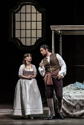 Mozart: Le nozze di Figaro - Simone Mihai, Roberto Lorenzi - The Grange Festival 2019 (Photo Clive Barda)