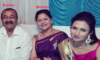 Divyanka Tripathi father and mother Photo