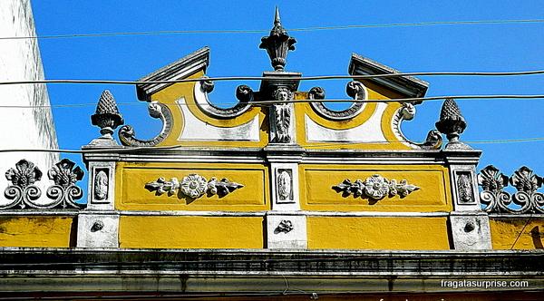 Detalhe de uma fachada no bairro de Santo Antonio Além do Carmo - Salvador - Bahia