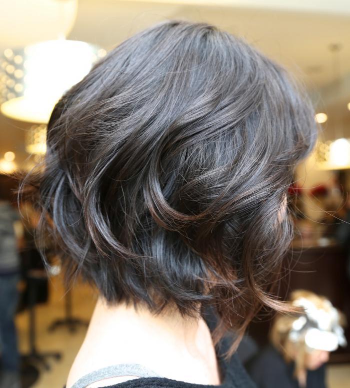 Multi-layered haircut for thin hair (cascade)