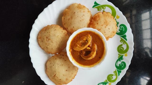 Malabar Special Neypathiri Recipe /  Neypathal / Deep Fried Rice Roti Recipe