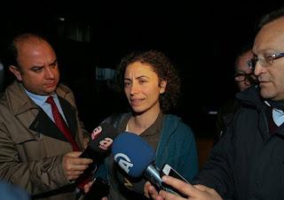 Tutsak Avukatların Kaleminden:Devrimci Avukatlık ve Ebru Üzerine - Av. Oya Aslan