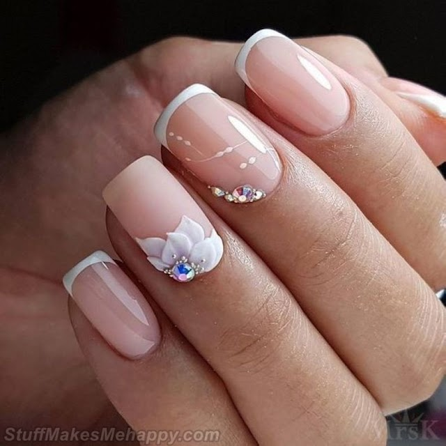 30 Stunning Manicure Ideas for Nails That Every Woman Can Afford [2019]