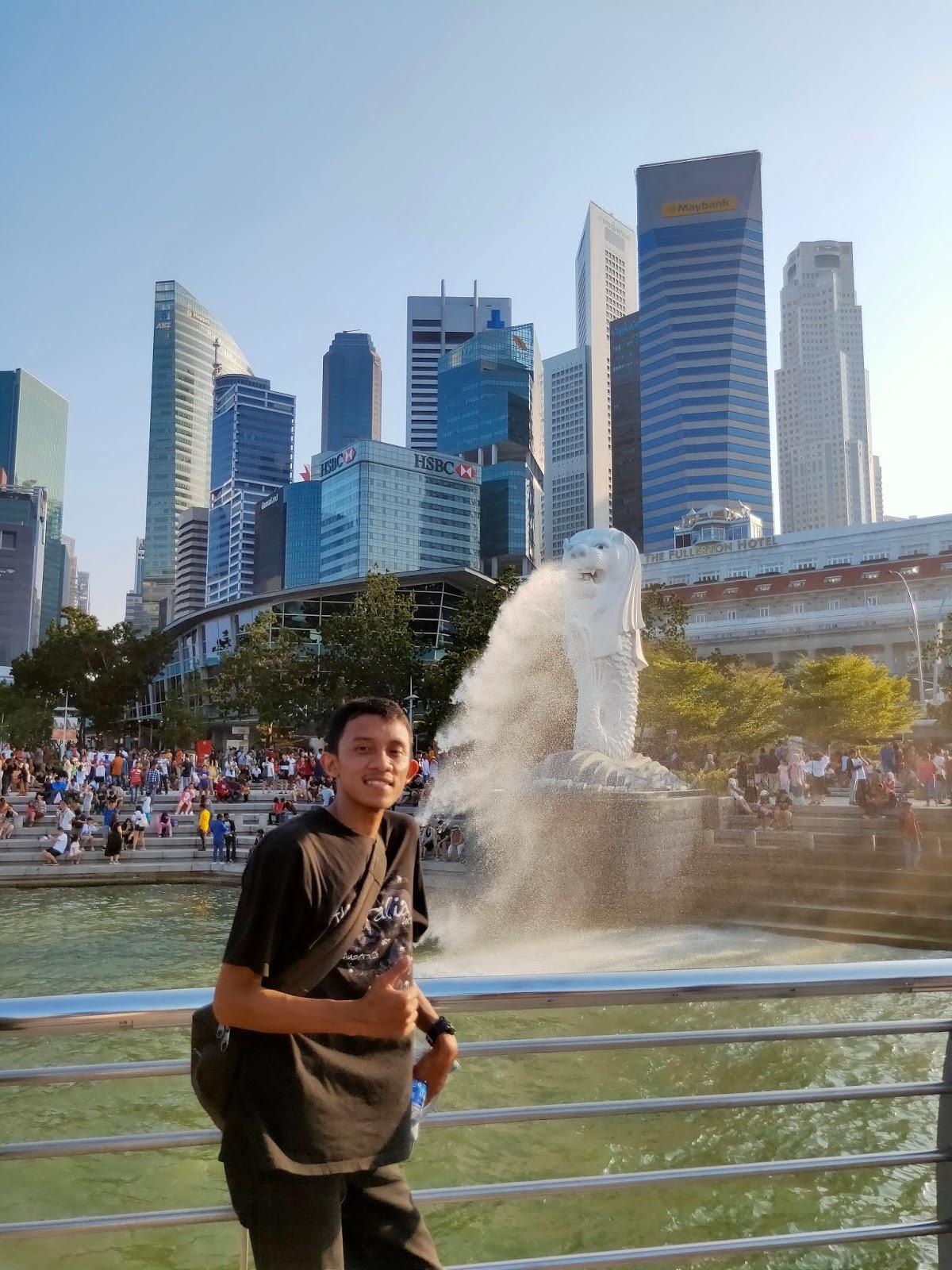Merlion-Park-Singapore.jpg