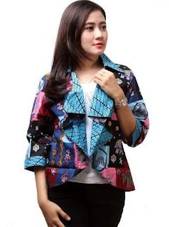 Model baju batik kantor modis untuk wanita
