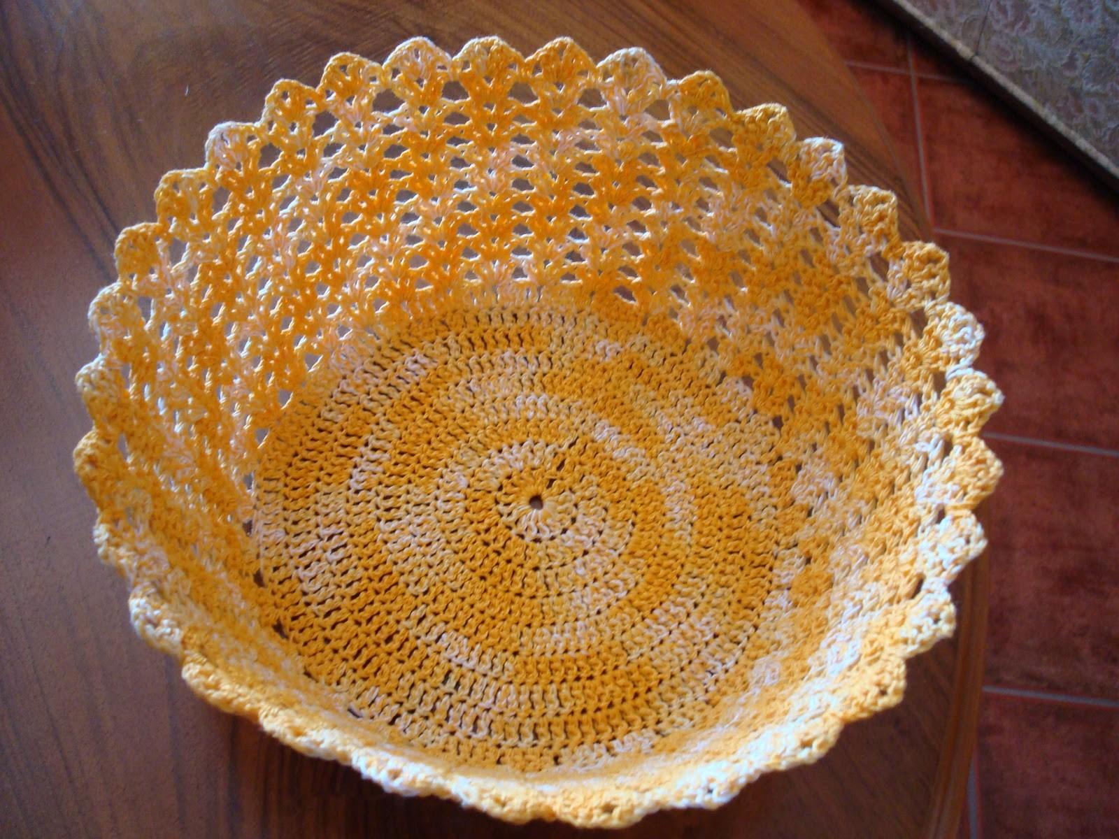 a3180784f4 O Patchwork está em alta no mundinho do artesanato. 15 Artesanatos Em Geral  Fáceis De Fazer de cores tecidos e estampas agradou os artesãos brasileiros  e ...