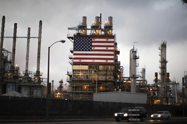 Why does the United States Buy Oil from abroad, Being the Largest Producer of it